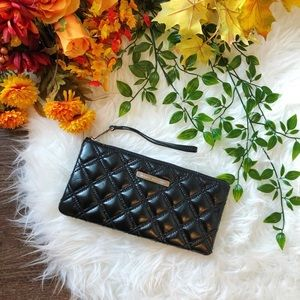 🍂 FALL ARRIVAL 🍂 MARC JACOBS CLUTCH